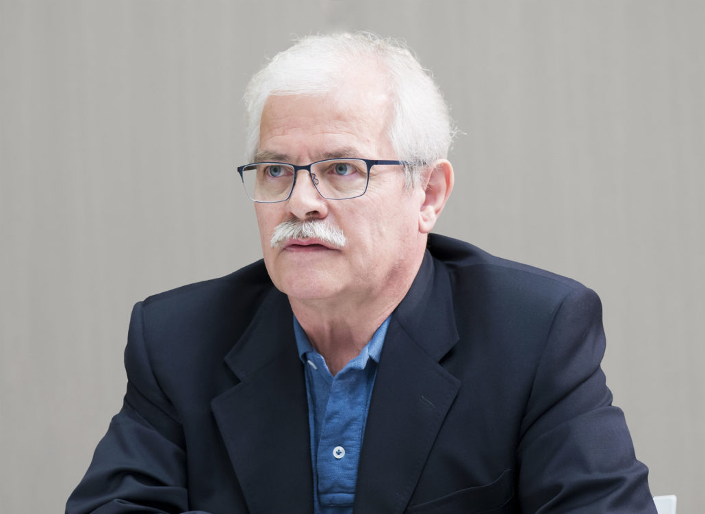 Dr. Günther Donà